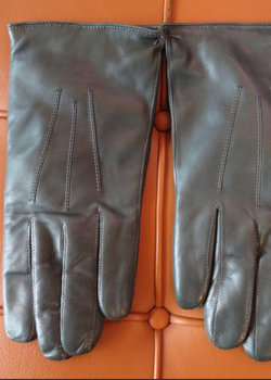 NWT Green, lined Nappa leather gloves 8.5