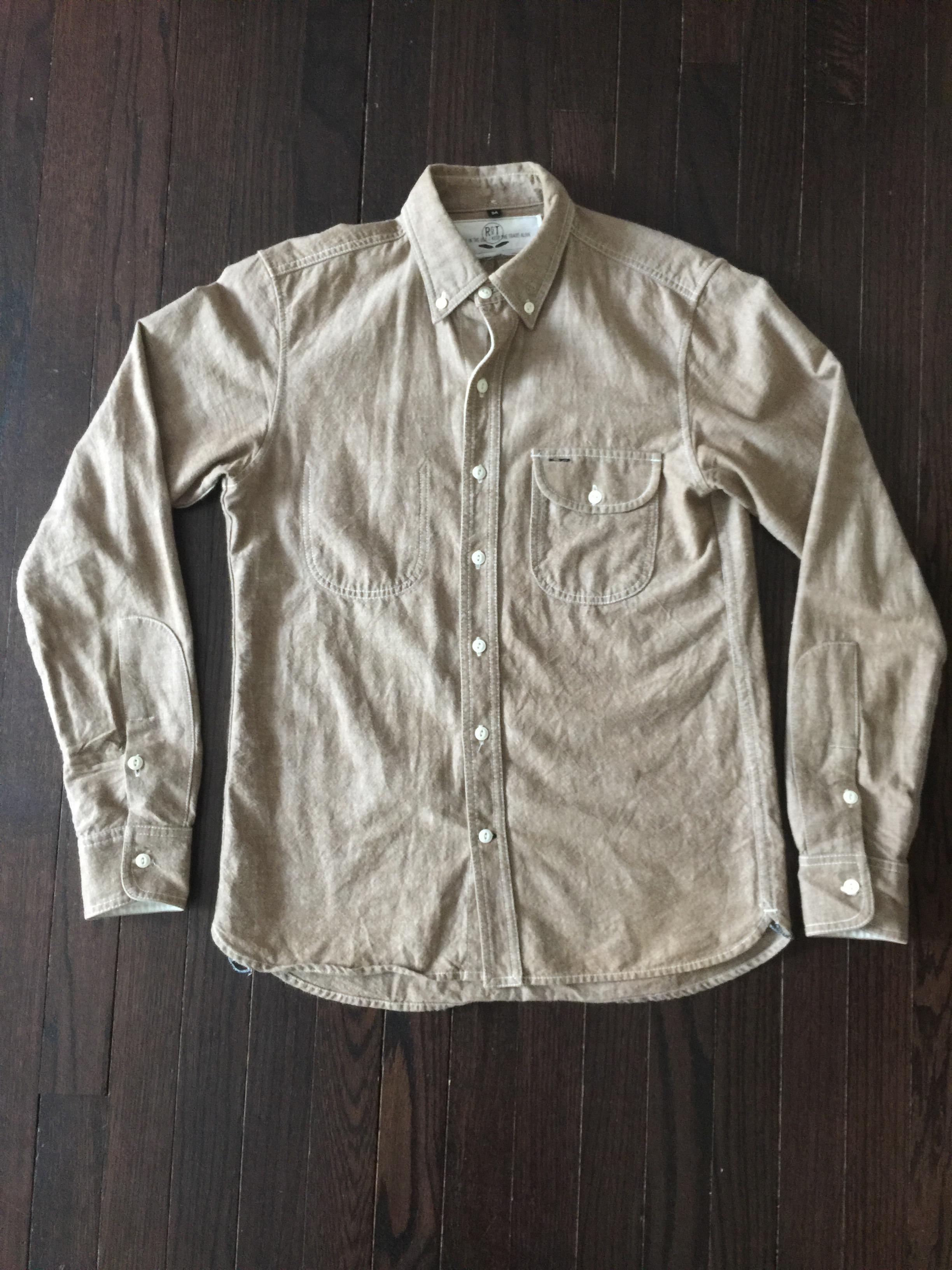 JR Magat's photos in Rogue Territory Light Brown Chambray Jumper Shirt  - Size Medium