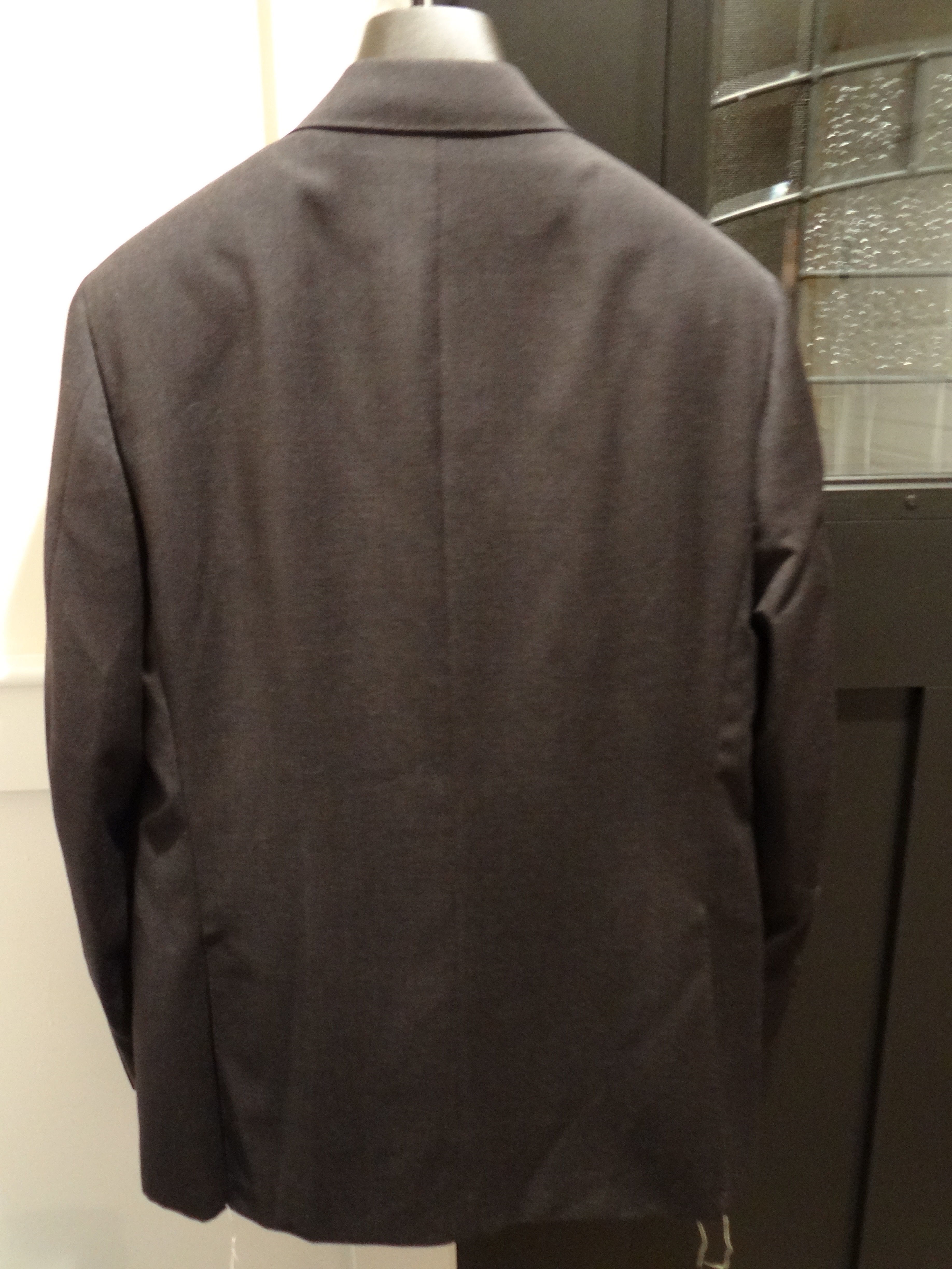 jreigen's photos in NWT Band New Canali Solid Charcoal Gray Suit 50R / 40R