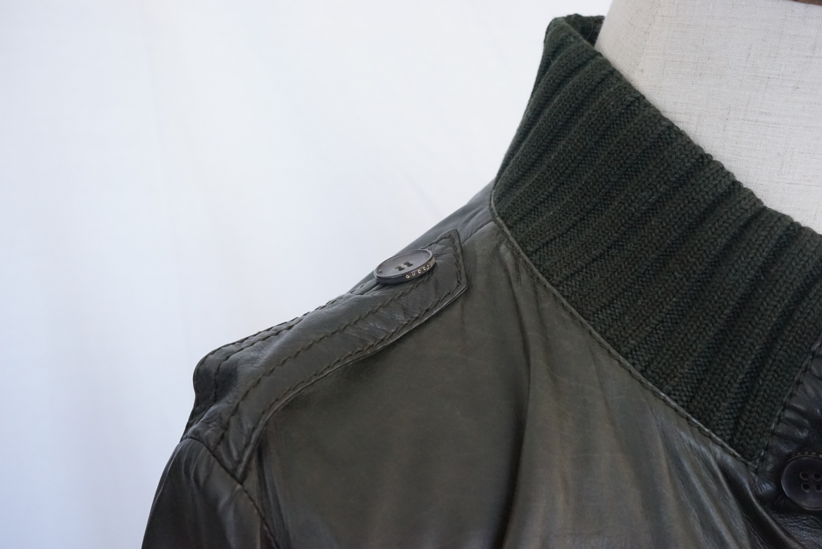 tobehknese's photos in GRAILED! Gucci Madonna Olive Green Leather Jacket SIZE 48