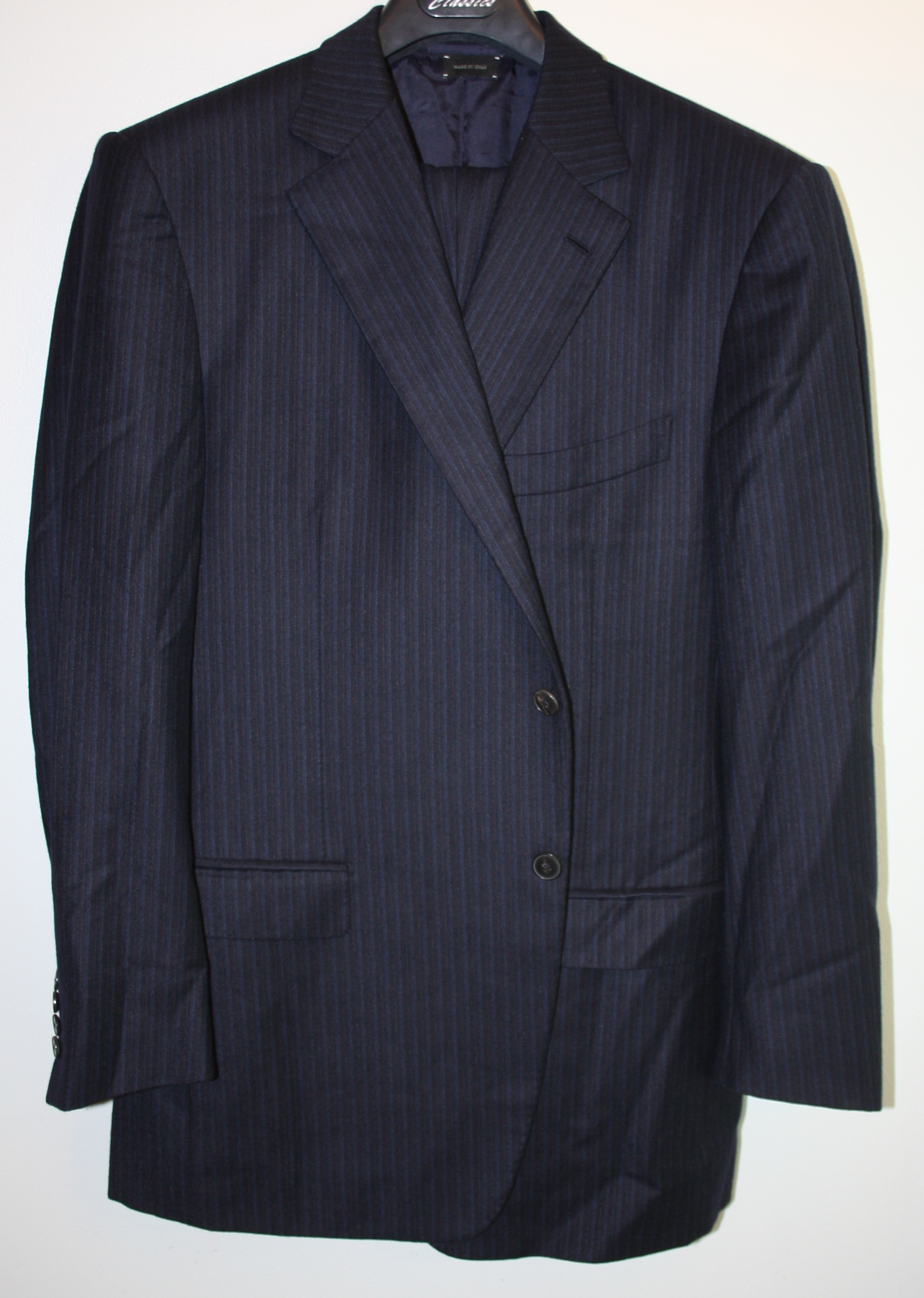 "dreamspace's photos in Navy Ermenegildo Zegna Couture XXX suit in 54/52 R/L EU, ""Heritage"" fabric."
