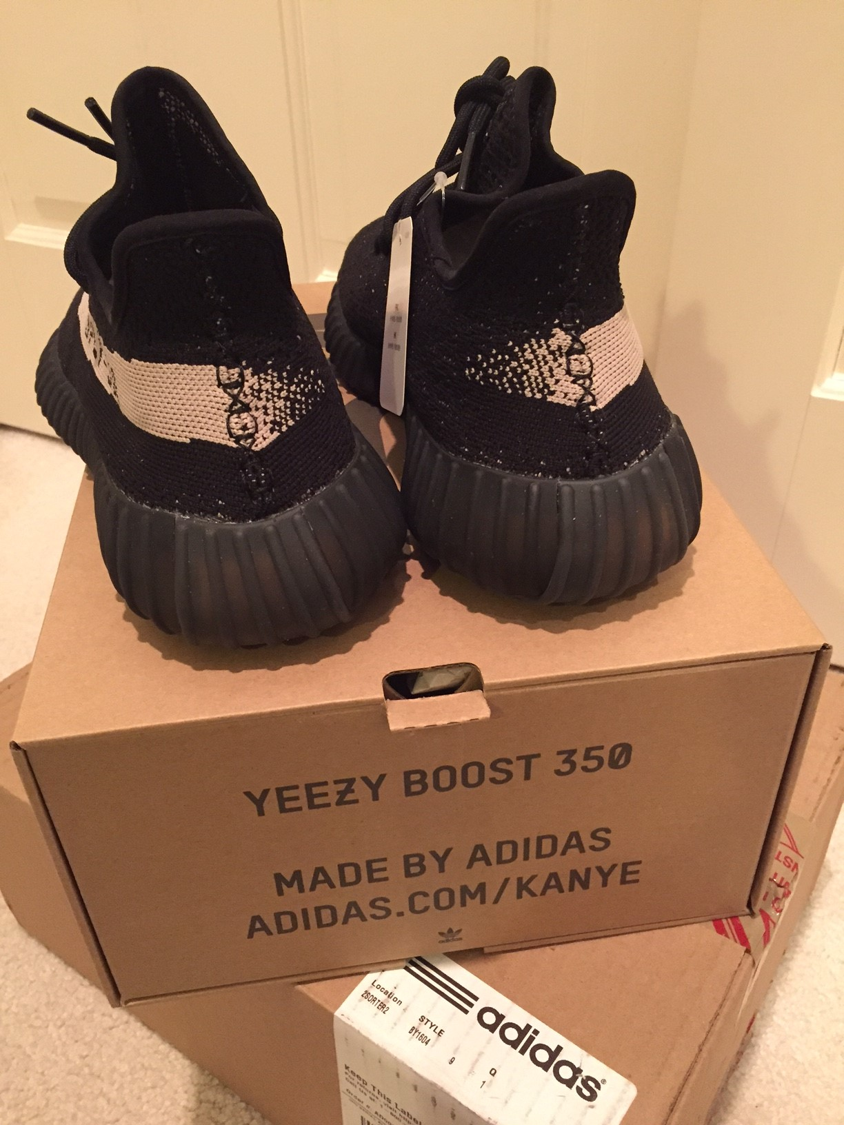 ThisFlyGuy's photos in FS: Adidas Yeezy Boosts 350 V2 black and white size 9 NEW NIB authentic