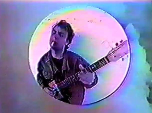 Mac-DeMarco-Ode-To-Viceroy-Video-608x453.jpg