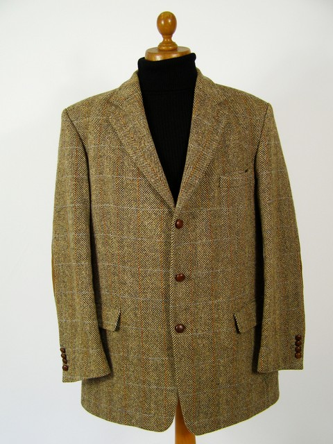 Check Harris Tweed jacket.